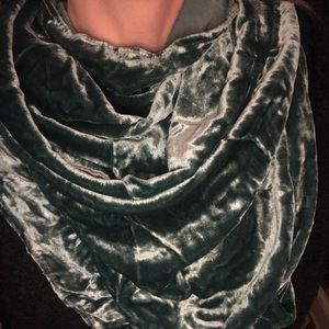 Accessories - Blue crushed velvet scarf
